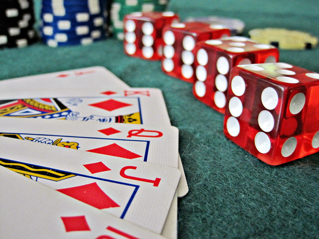 Why Everybody Is Talking About Online Casino